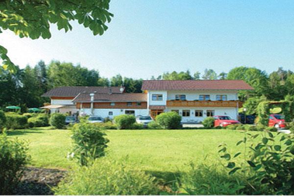 Bodenmais_Gasthaus_Sternknöckel_Hausansicht
