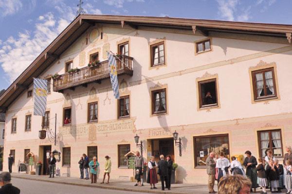 Lenggries_Gasthof_Hotel_Altwirt_Hausansicht