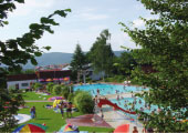 Solarbeheiztes Freibad Haibach